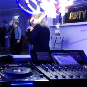 Bekijk foto 1 van DJ Johan
