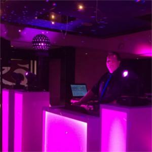 Foto 7 van DJ Johan