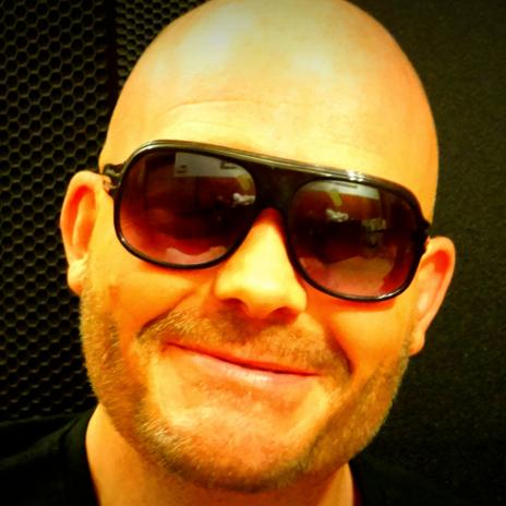 Bekijk foto 1 van DJ Sanchez