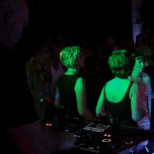 Bekijk foto 5 van DJ Sanchez