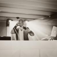 Foto 3 van DJ White