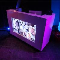 Bekijk foto 6 van DJ White