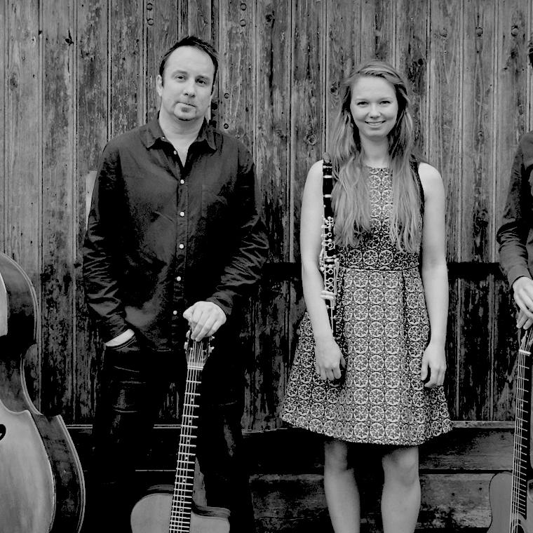Foto 1 van Gypsy Swing Quartet