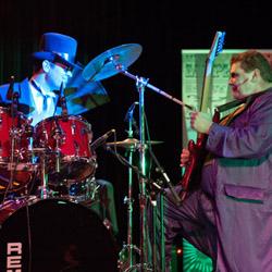 Bekijk foto 3 van Mr Mephistos Spectacular Pianoshow