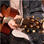 Bekijk foto 3 van Music with Love