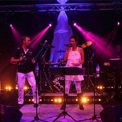 Bekijk foto 1 van New City Groove