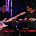 Bekijk foto 4 van PS band