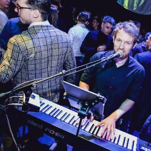 Foto 1 van RAE Band