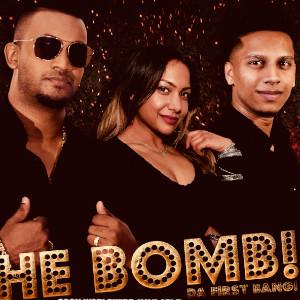 Foto 2 van The Bomb