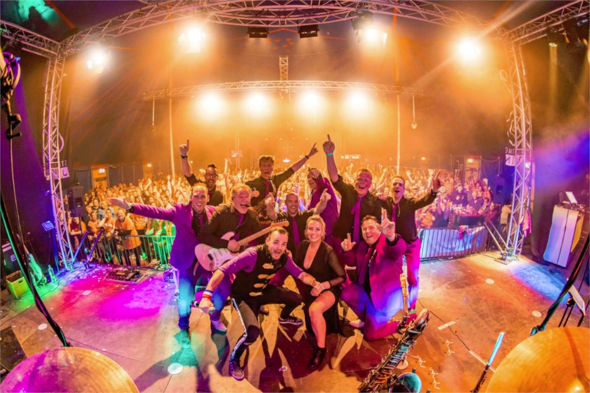 5 Redenen waarom een live band jouw feest onvergetelijk maakt